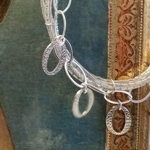 Chico's Hammered Silver Circle & Rope Necklace